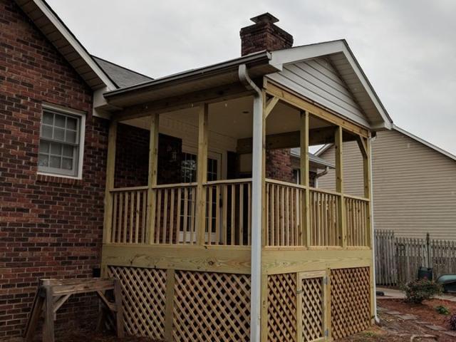 Screen Porch Construction - Harrisburg, North Carolina - A N J Construction